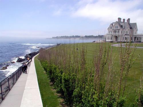 Beach Near Admiral Sims' Suite | ADMIRAL SIMS B&B, Newport Rhode Island