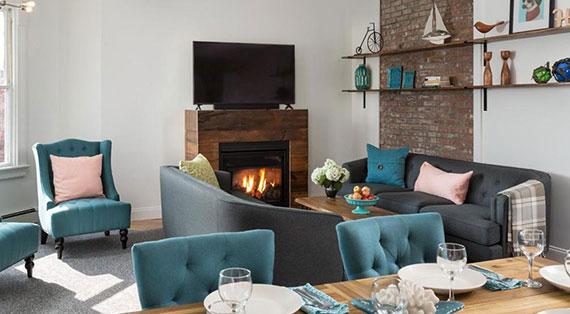 1BR Apartment Living Room | ADMIRAL SIMS B&B, Newport Rhode Island